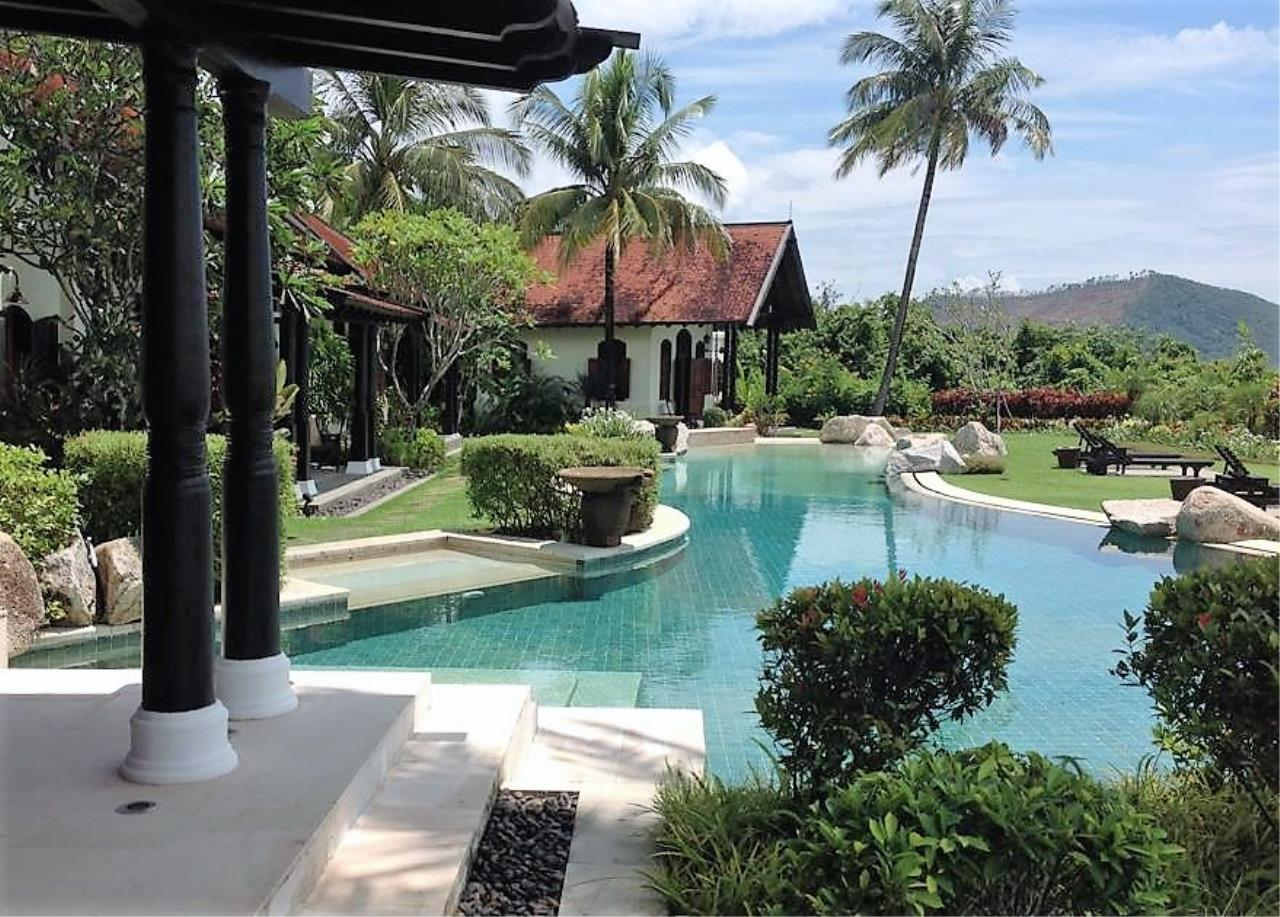 Real Phuket  Agency's Laem Sai - Outstanding 6-Bedroom Villa with Stunning Views across Phang Nga Bay 16
