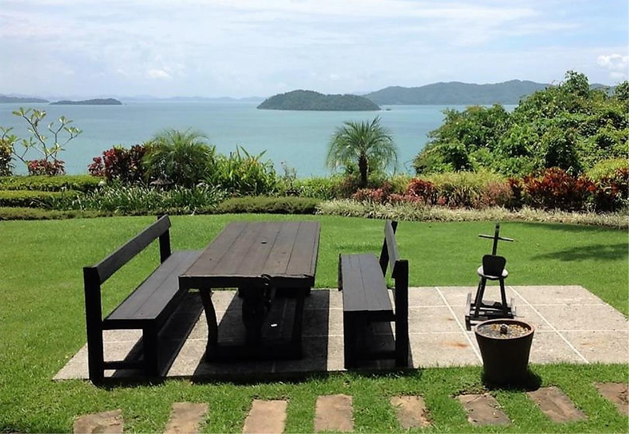 Real Phuket  Agency's Laem Sai - Outstanding 6-Bedroom Villa with Stunning Views across Phang Nga Bay 2