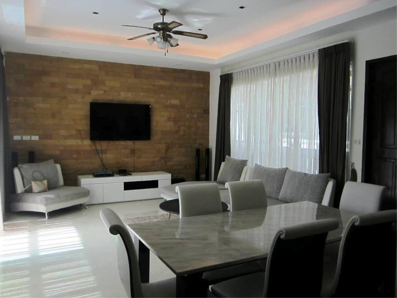REAL Phuket  Agency's HOT DEAL - Nice 2-Bedroom Pool Villa in Kamala 15