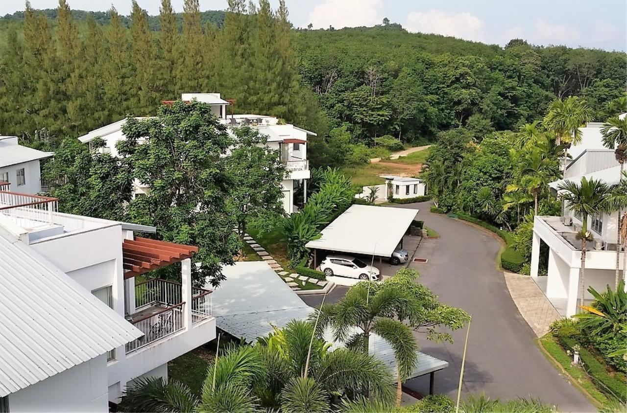REAL Phuket  Agency's Grove Gardens - 3-Bedroom Penthouse with Roof Top Terrace on Phuket's East Coast 5