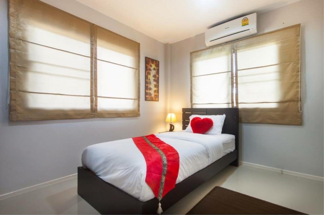 REAL Phuket  Agency's Sabai Village - Modern 4-Bedroom Detached House in Kathu 6