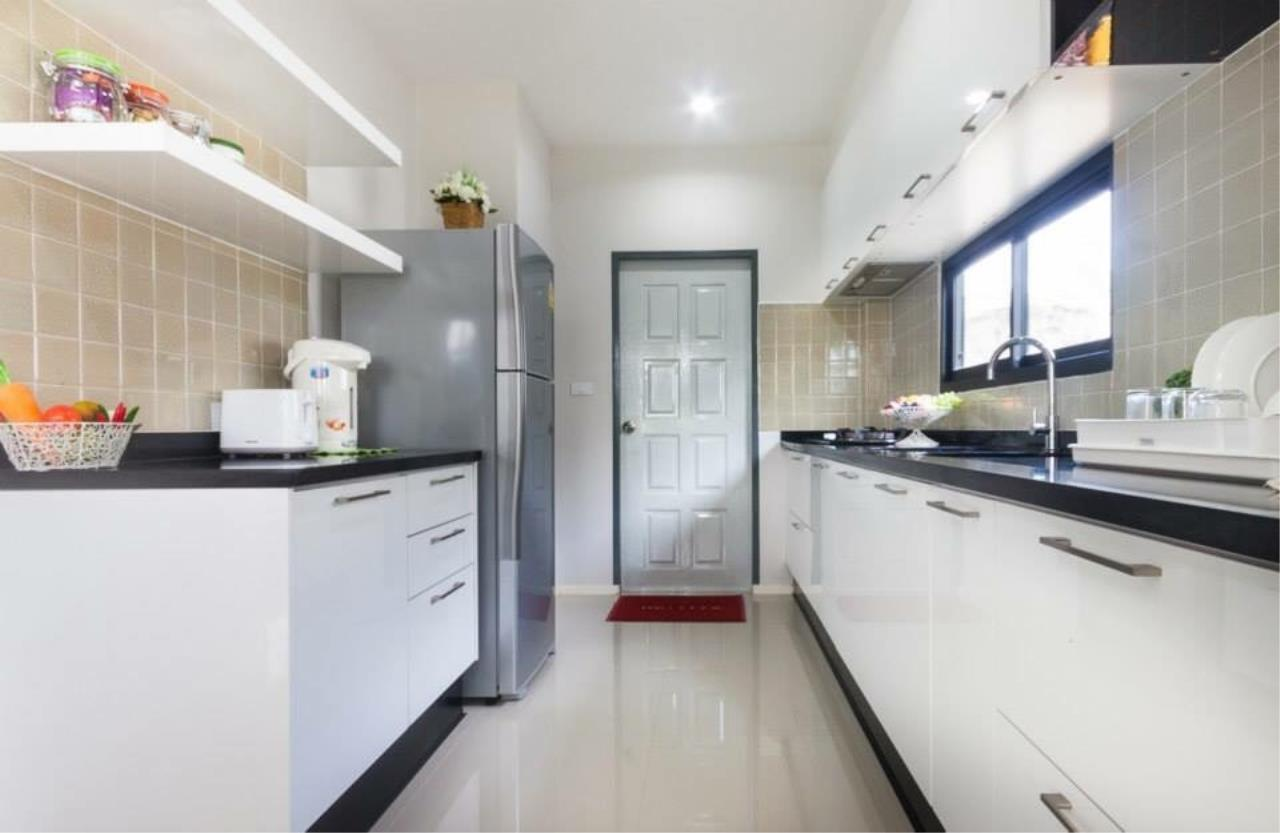 REAL Phuket  Agency's Sabai Village - Modern 4-Bedroom Detached House in Kathu 8