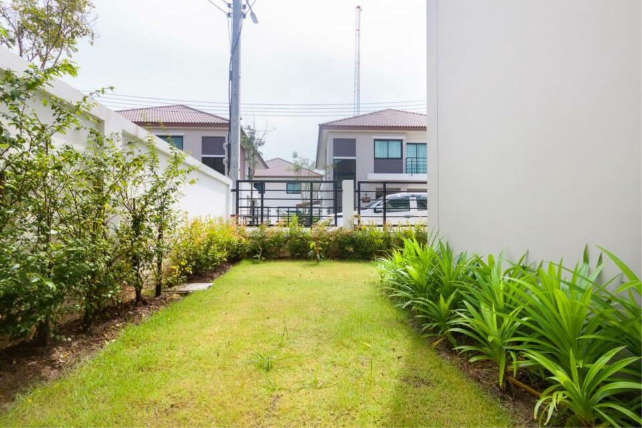 REAL Phuket  Agency's Sabai Village - Modern 4-Bedroom Detached House in Kathu 9