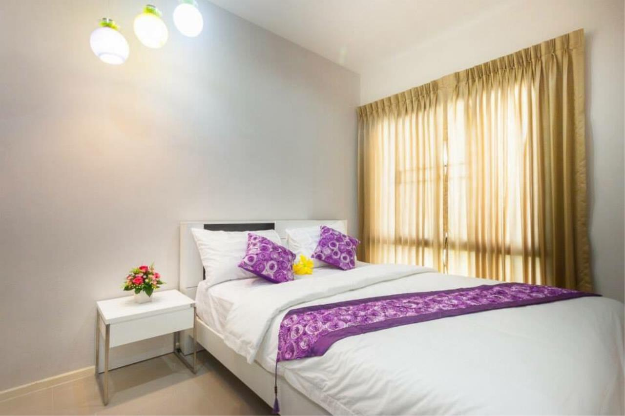 REAL Phuket  Agency's Sabai Village - Modern 4-Bedroom Detached House in Kathu 5