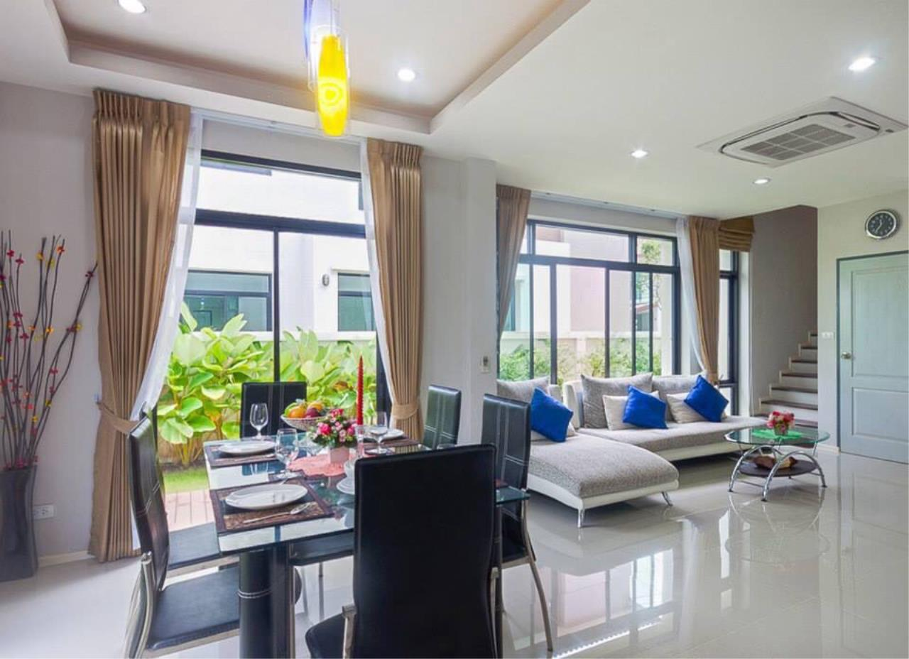 REAL Phuket  Agency's Sabai Village - Modern 4-Bedroom Detached House in Kathu 12