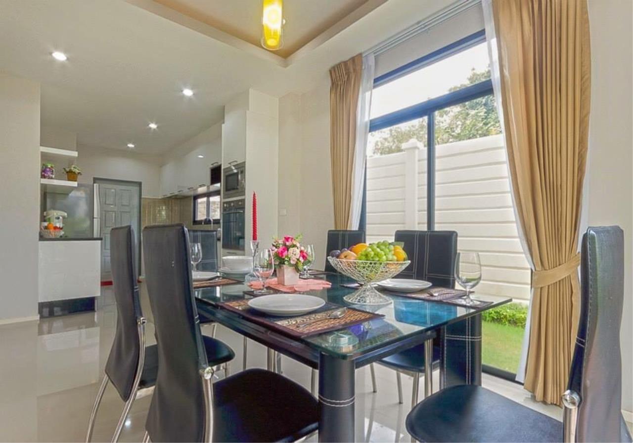 REAL Phuket  Agency's Sabai Village - Modern 4-Bedroom Detached House in Kathu 13