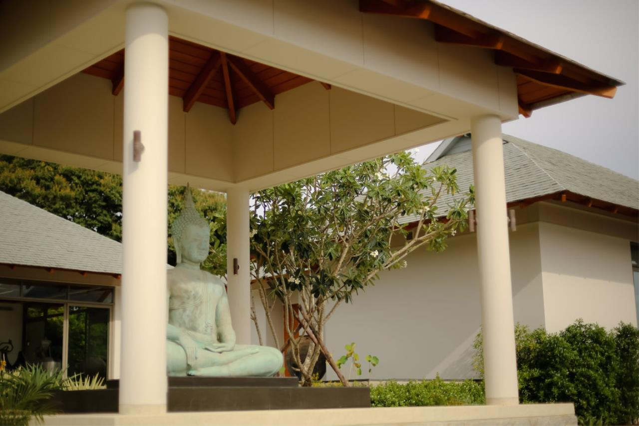 REAL Phuket  Agency's Baan Paa Talee - Magnificent 9-Bedroom Oceanfront Villa at Cape Amarin 64