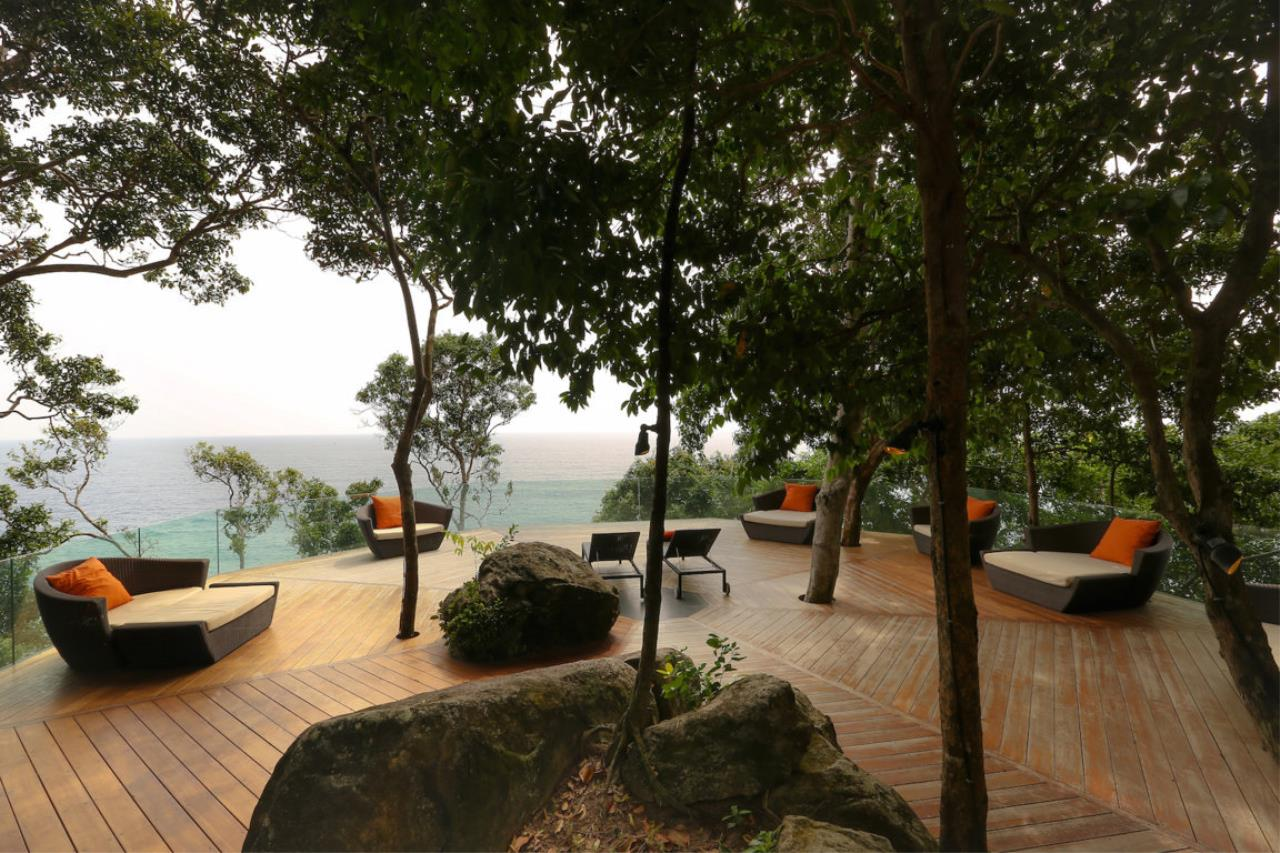 REAL Phuket  Agency's Baan Paa Talee - Magnificent 9-Bedroom Oceanfront Villa at Cape Amarin 70