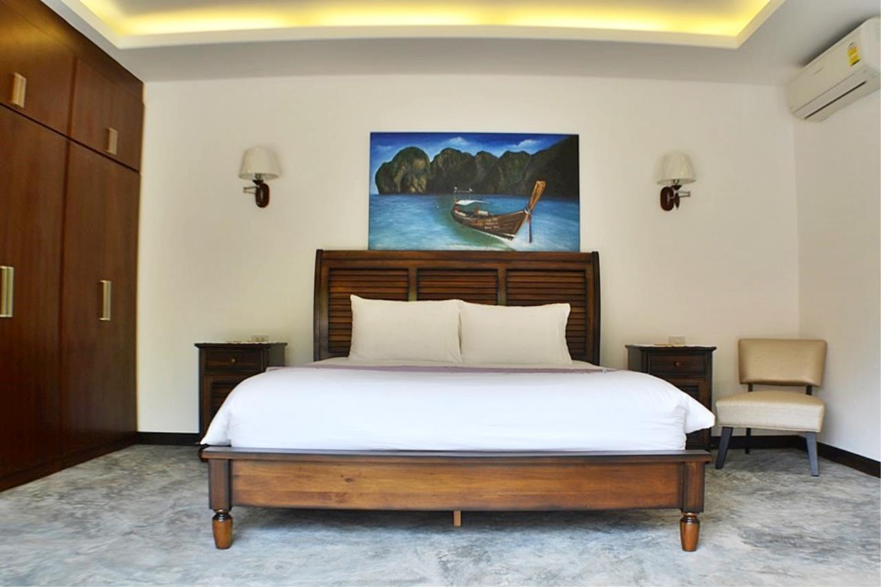REAL Phuket  Agency's Villa Sophia - An Exceptional 6-Bedroom Balinese Villa in Rawai 13