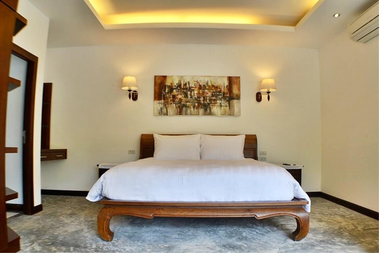 REAL Phuket  Agency's Villa Sophia - An Exceptional 6-Bedroom Balinese Villa in Rawai 16