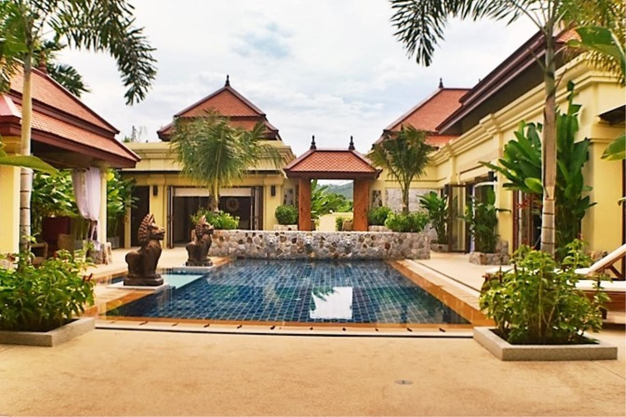REAL Phuket  Agency's Villa Sophia - An Exceptional 6-Bedroom Balinese Villa in Rawai 18