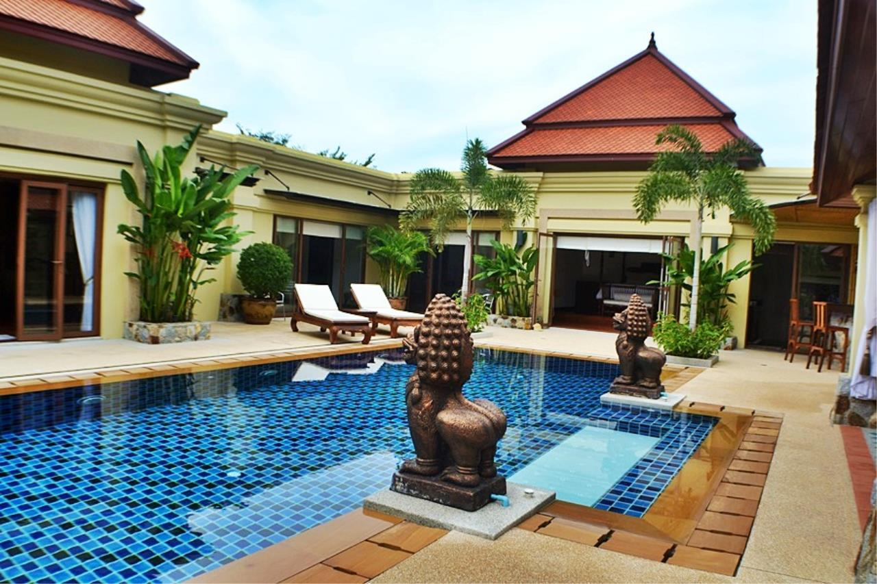 REAL Phuket  Agency's Villa Sophia - An Exceptional 6-Bedroom Balinese Villa in Rawai 24