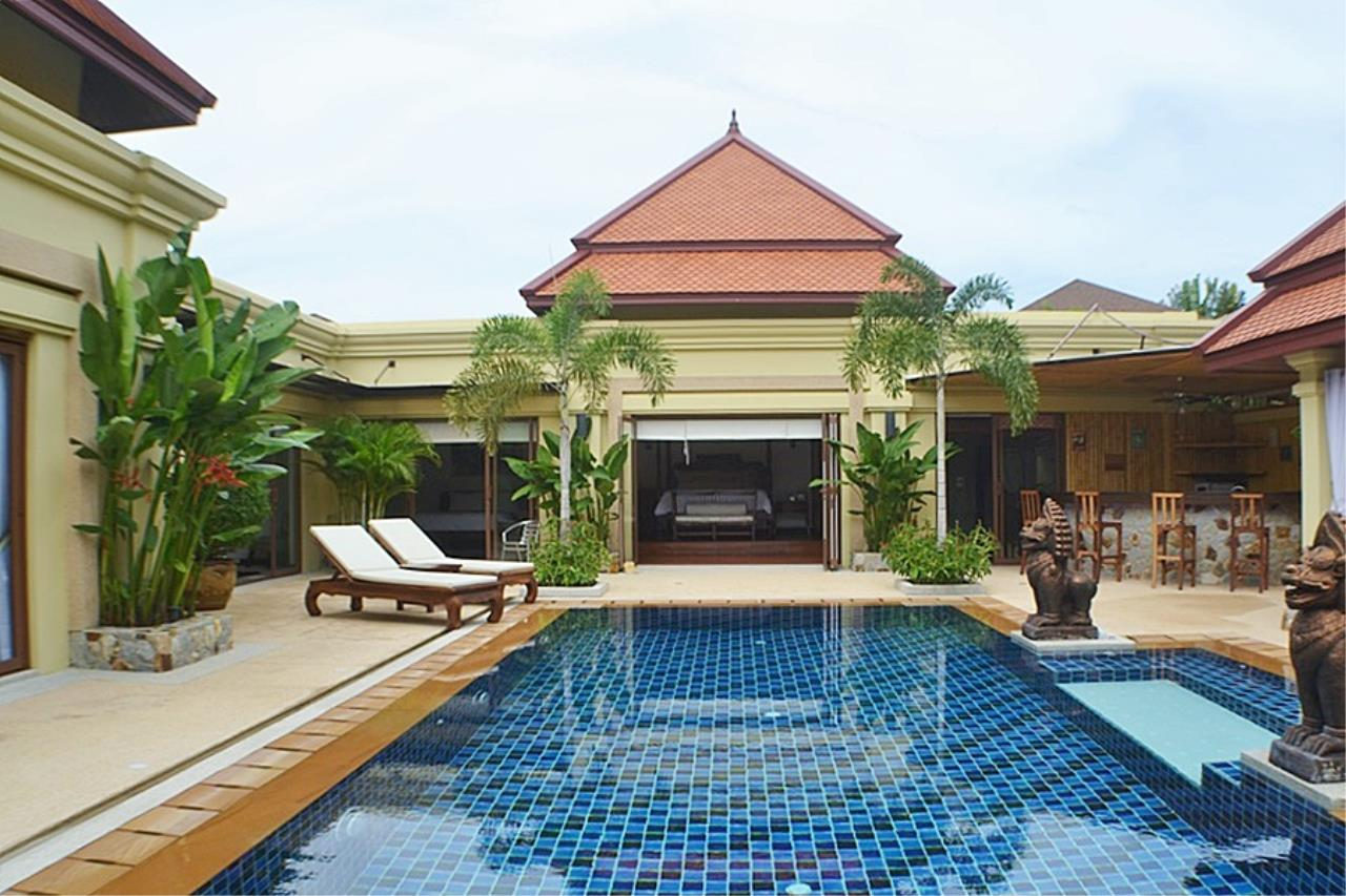 REAL Phuket  Agency's Villa Sophia - An Exceptional 6-Bedroom Balinese Villa in Rawai 27