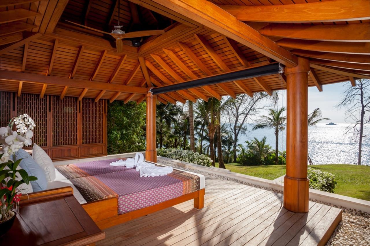 REAL Phuket  Agency's Trisara - Iconic 6-Bedroom Oceanfront Estate 48