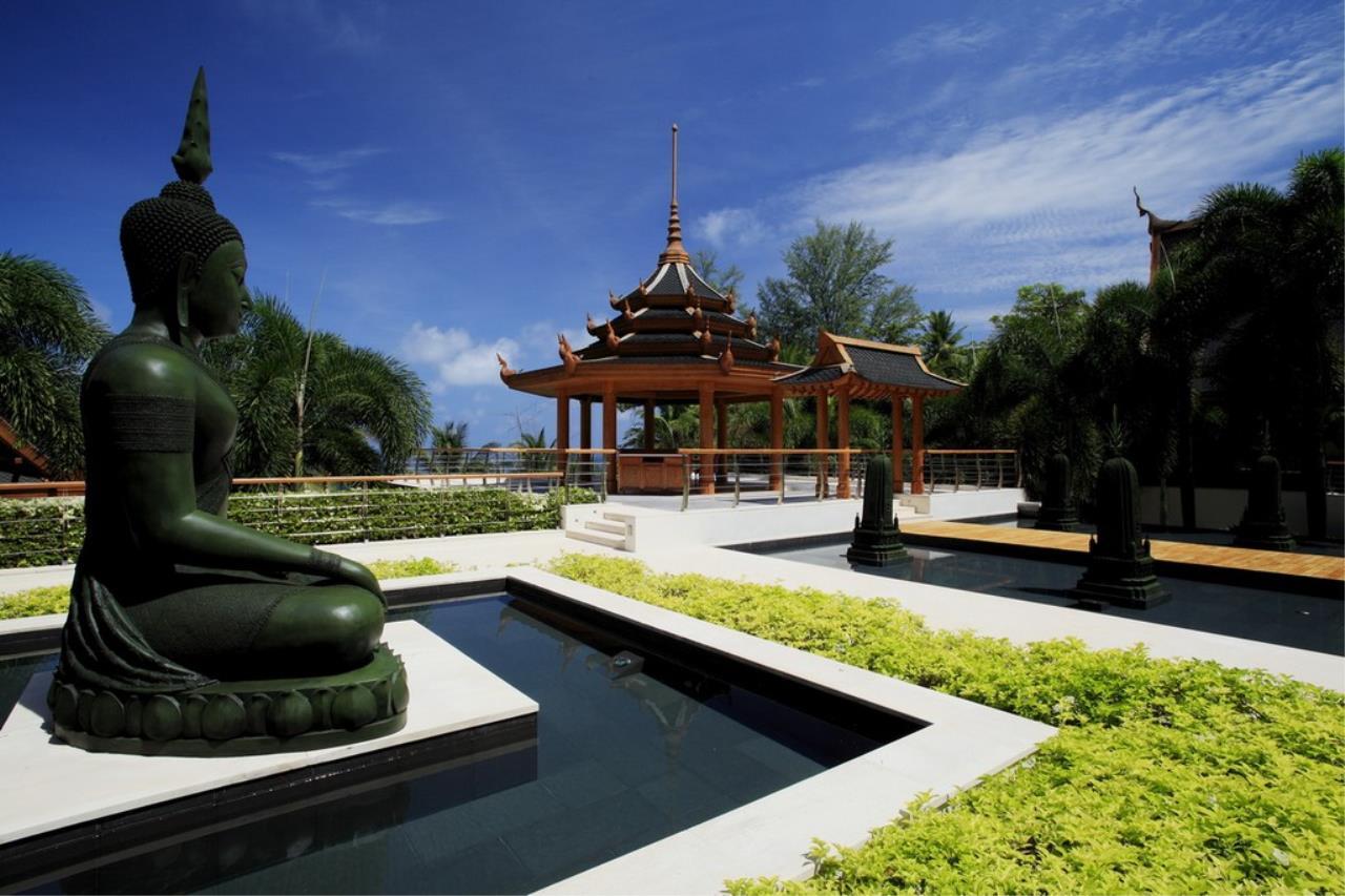 REAL Phuket  Agency's Trisara - Iconic 6-Bedroom Oceanfront Estate 12