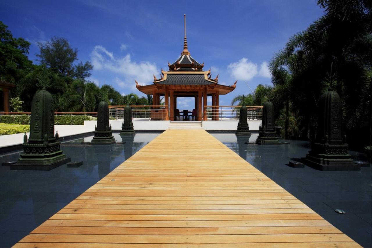 REAL Phuket  Agency's Trisara - Iconic 6-Bedroom Oceanfront Estate 14