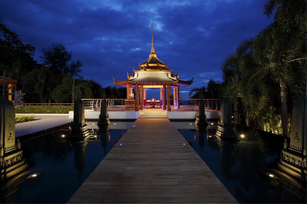 REAL Phuket  Agency's Trisara - Iconic 6-Bedroom Oceanfront Estate 38