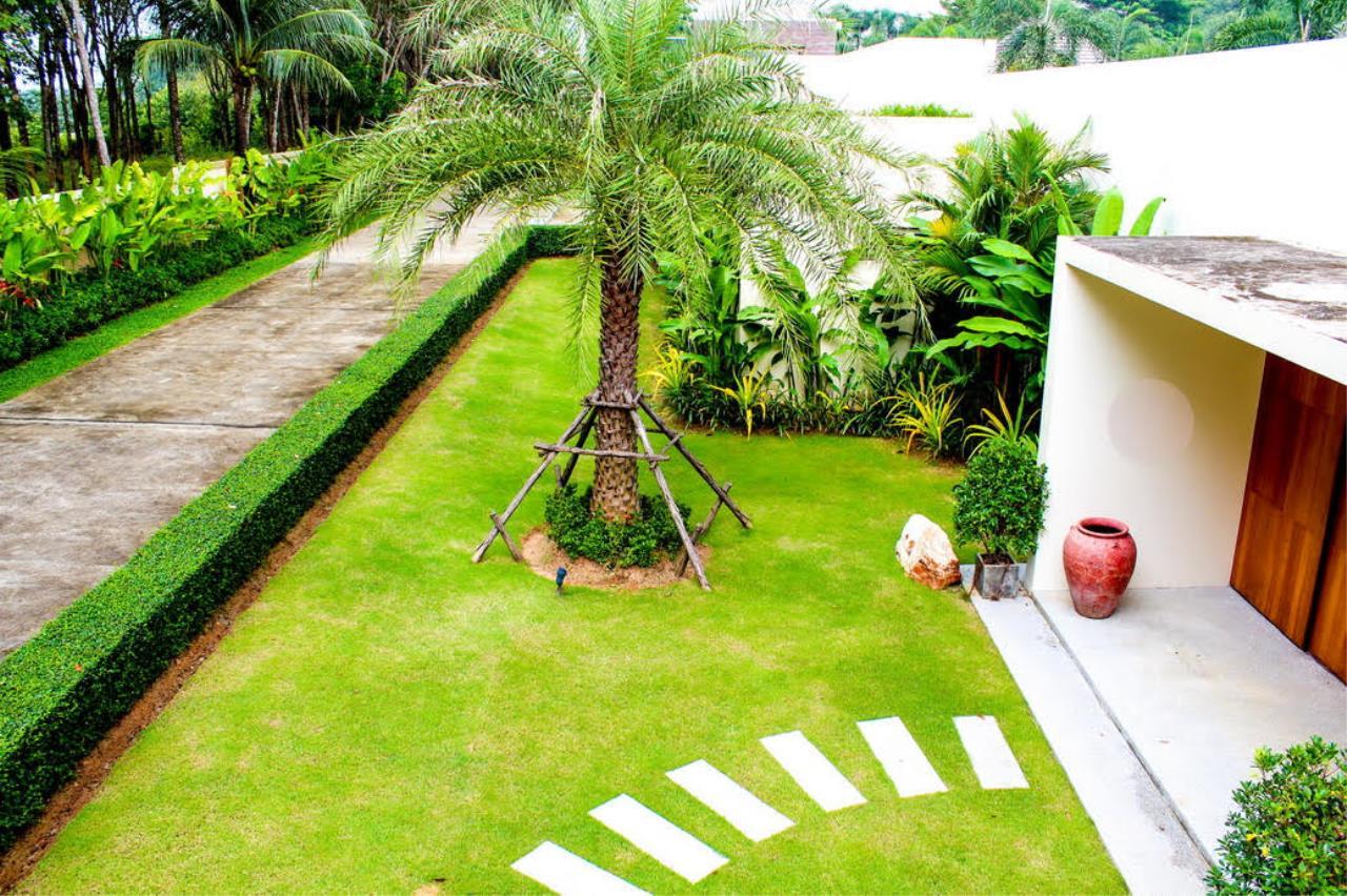 REAL Phuket  Agency's Layan Hills Estate - Contemporary 4-Bedroom Pool Villa 21