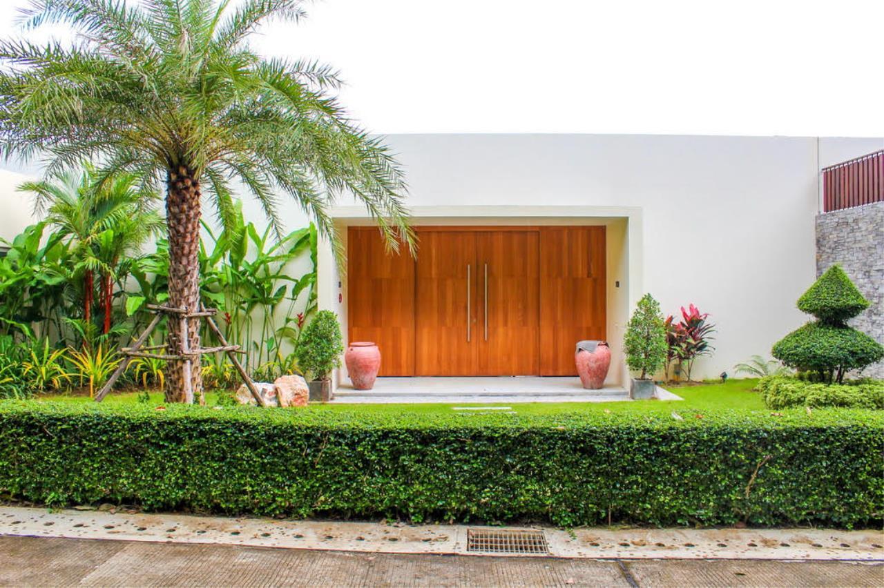 REAL Phuket  Agency's Layan Hills Estate - Contemporary 4-Bedroom Pool Villa 26