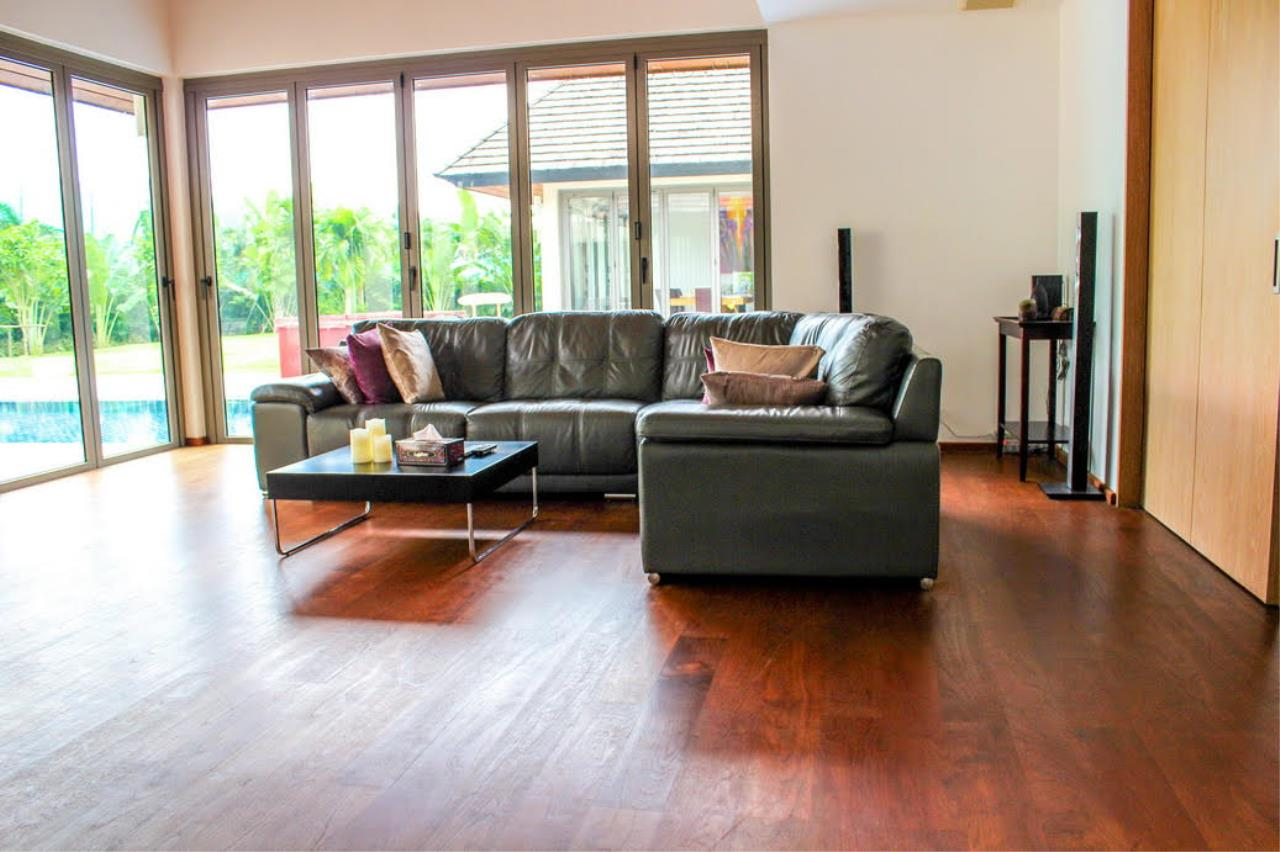 REAL Phuket  Agency's Layan Hills Estate - Contemporary 4-Bedroom Pool Villa 7