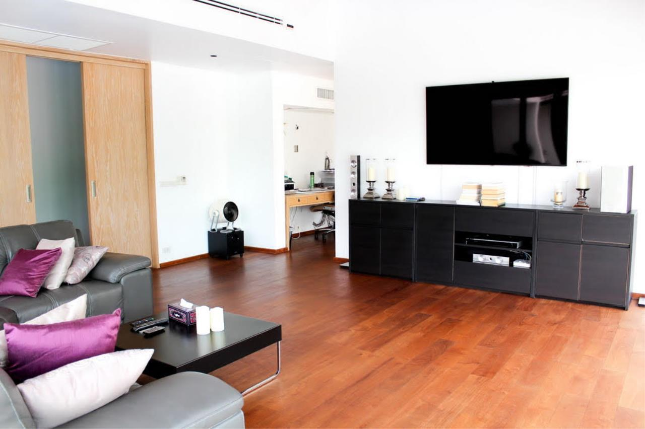 REAL Phuket  Agency's Layan Hills Estate - Contemporary 4-Bedroom Pool Villa 9