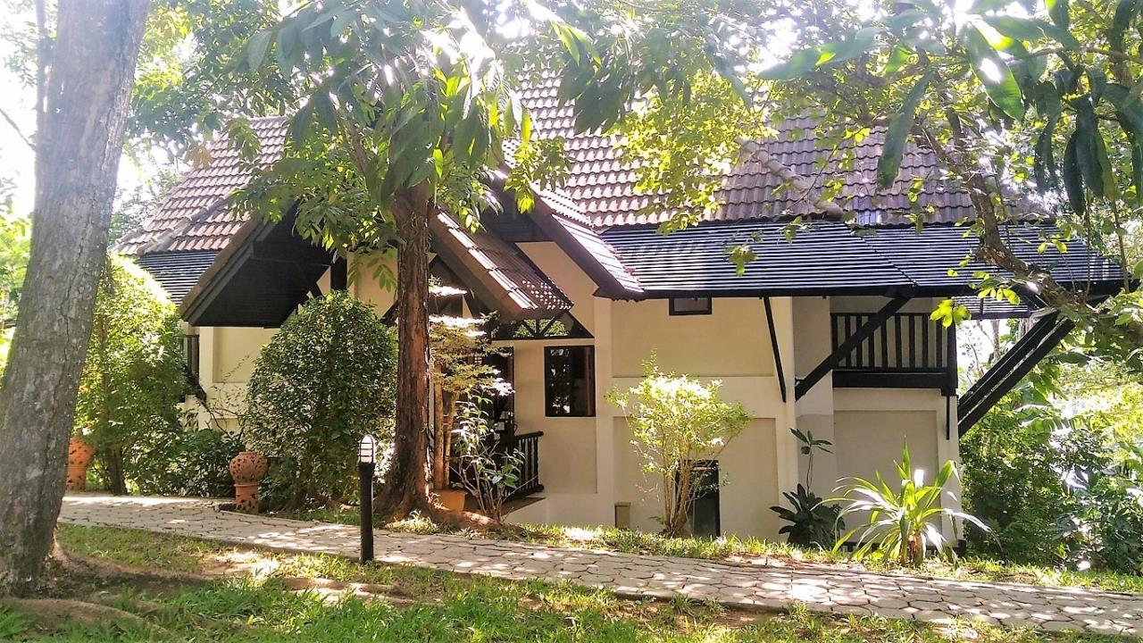REAL Phuket  Agency's Kamala Beach Estate - Superb 4-Bedroom Oceanfront Resort Villa 26