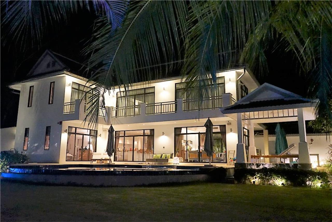 REAL Phuket  Agency's Loch Palm - Well-Presented 4-Bedroom Pool Villa overlooking Golf Course 1