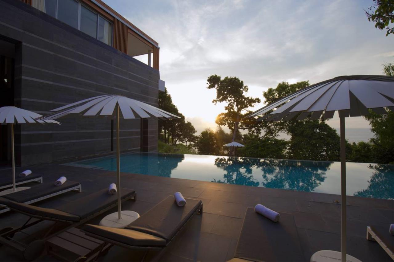 REAL Phuket  Agency's Villa Mayavee - 4-Bedroom Luxury Villa at Waterfall Bay 38