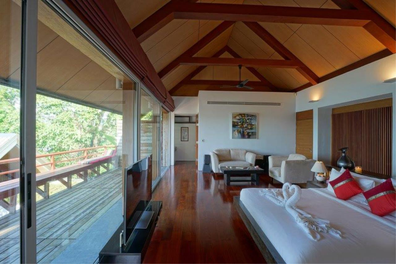 REAL Phuket  Agency's Laemsingh - Outstanding 4-Bedroom Sea View Villa overlooking Surin Beach 31