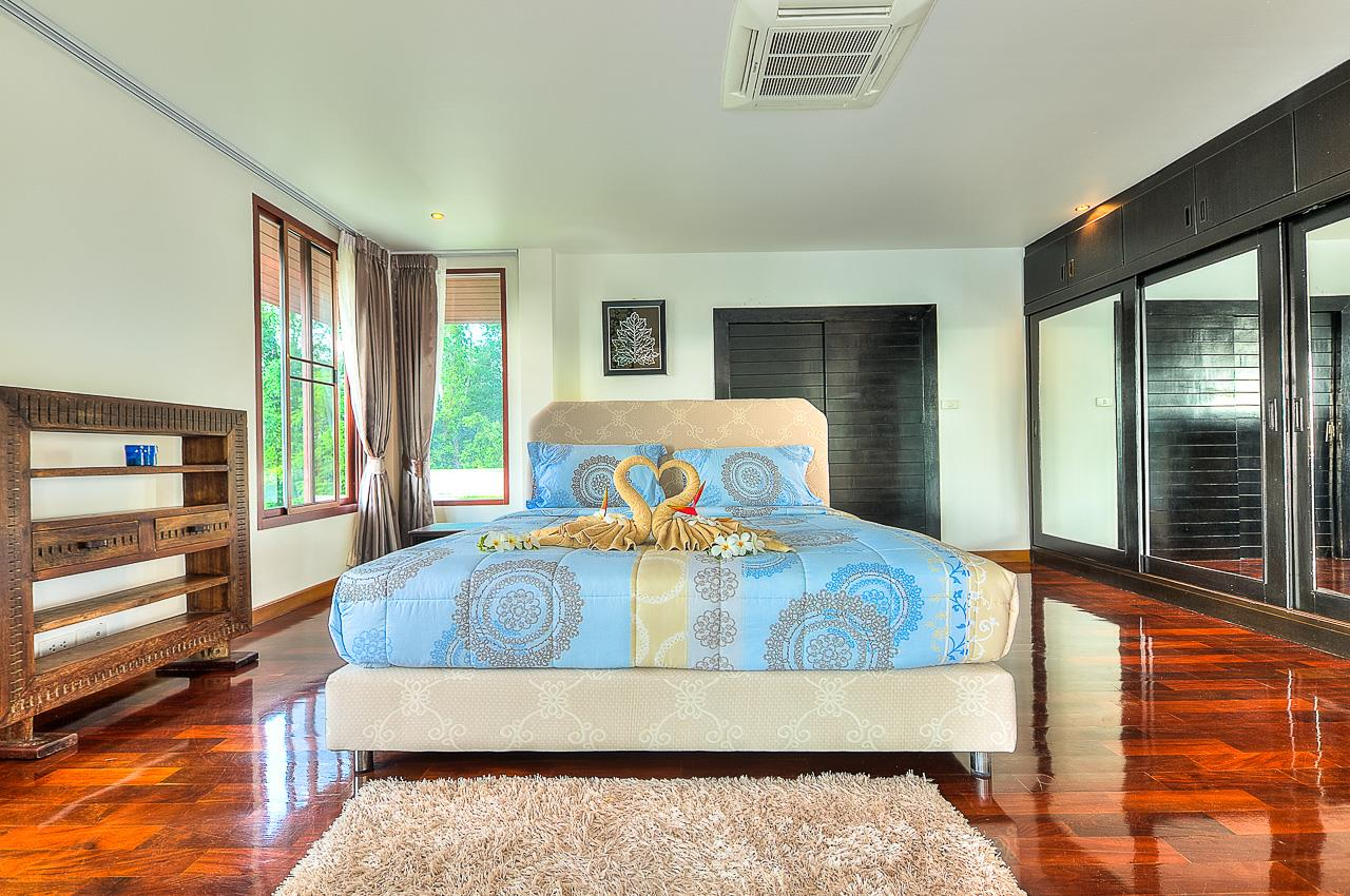 REAL Phuket  Agency's Treasure Park - 5-Bedroom Sea View Villa in Chalong 19
