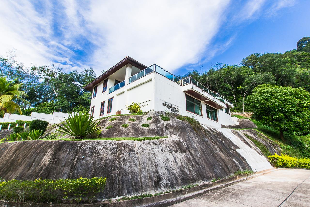 REAL Phuket  Agency's Treasure Park - 5-Bedroom Sea View Villa in Chalong 67