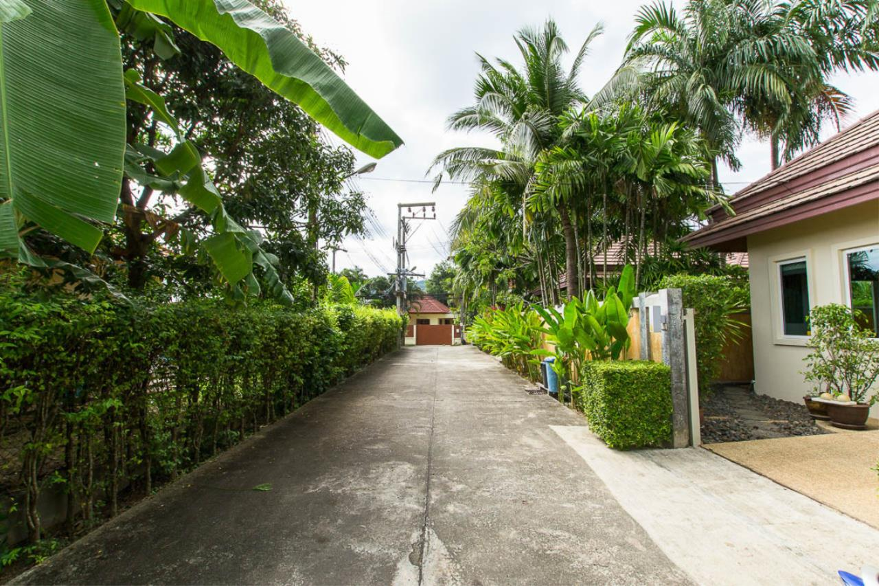 REAL Phuket  Agency's Kokyang - 3-Bedroom Pool Villa in Nai Harn for Long-term Rent 14
