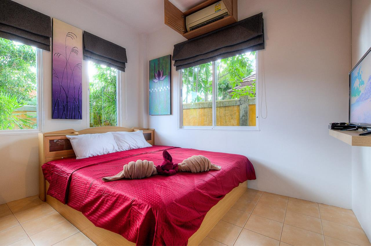 REAL Phuket  Agency's Kokyang - 3-Bedroom Pool Villa in Nai Harn for Long-term Rent 27