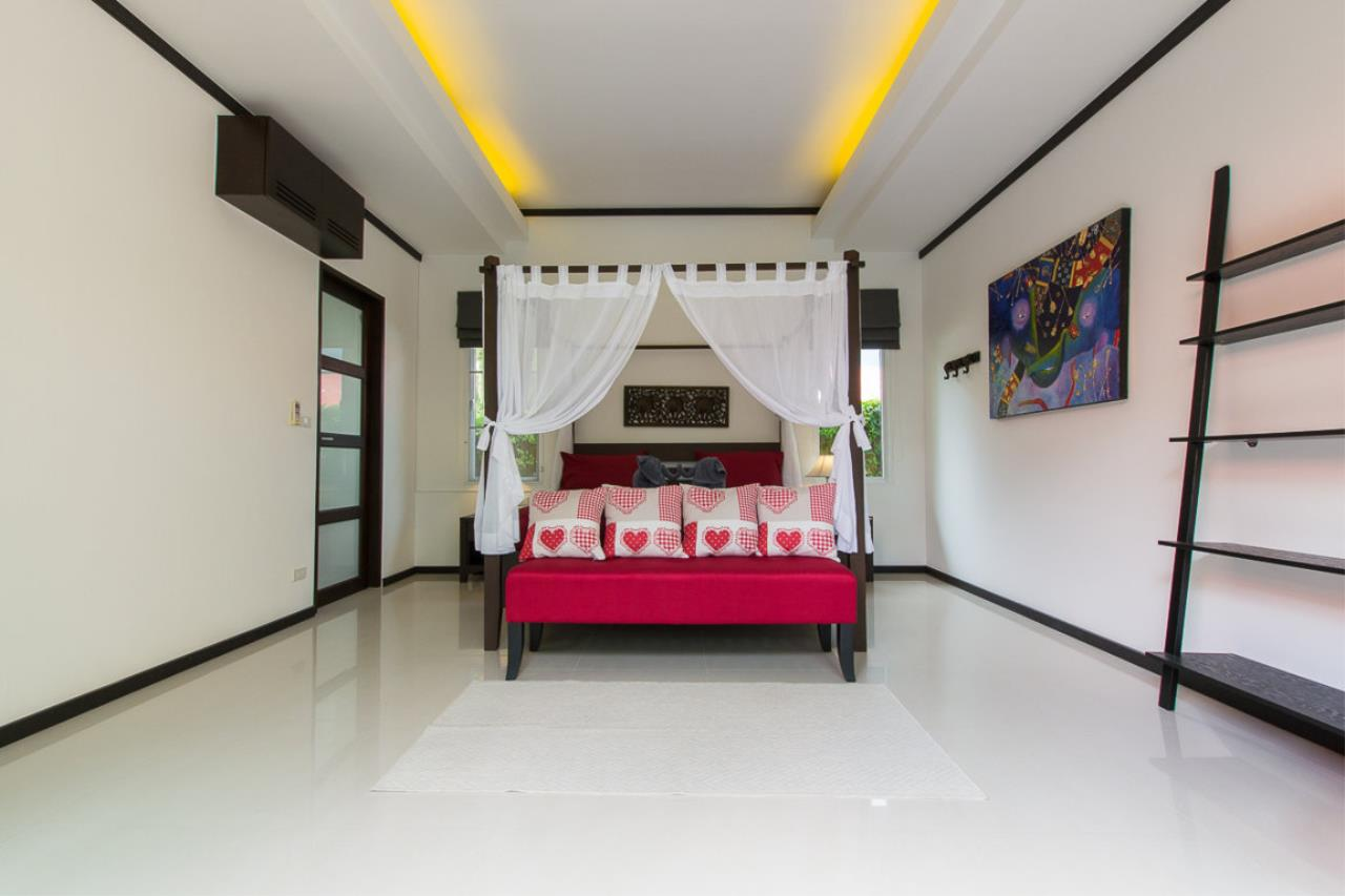 REAL Phuket  Agency's Kokyang - 3-Bedroom Pool Villa in Nai Harn for Long-term Rent 6