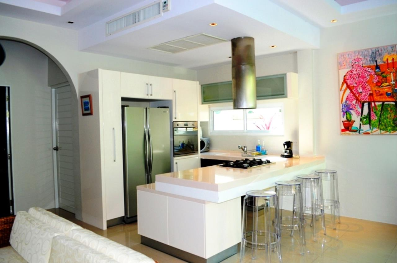 REAL Phuket  Agency's Bright Modern 2-Bedroom Pool Villa for Rent in Rawai 3