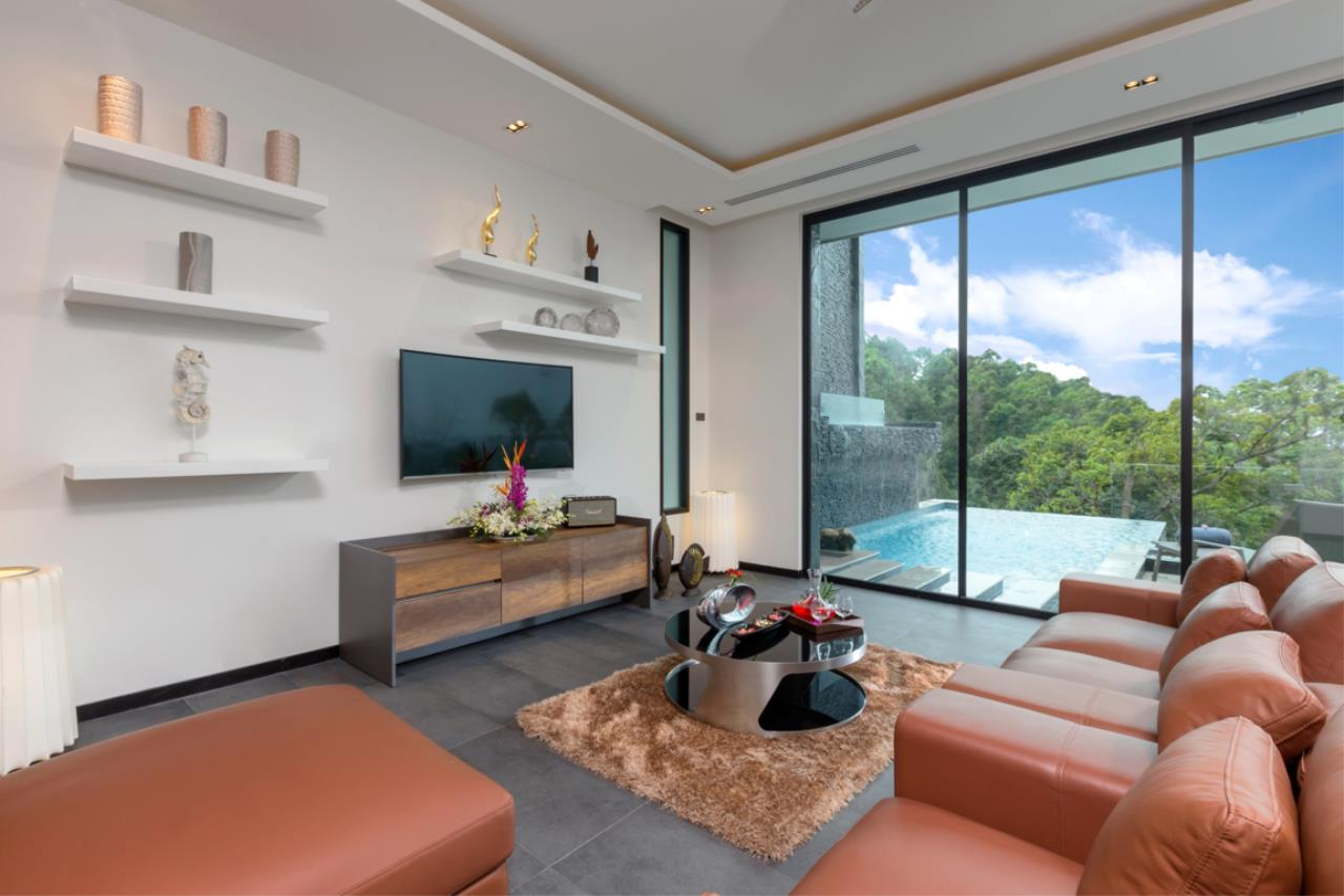 REAL Phuket  Agency's Exquisite 3-Bedroom Sea View Villa in Bang Tao 5