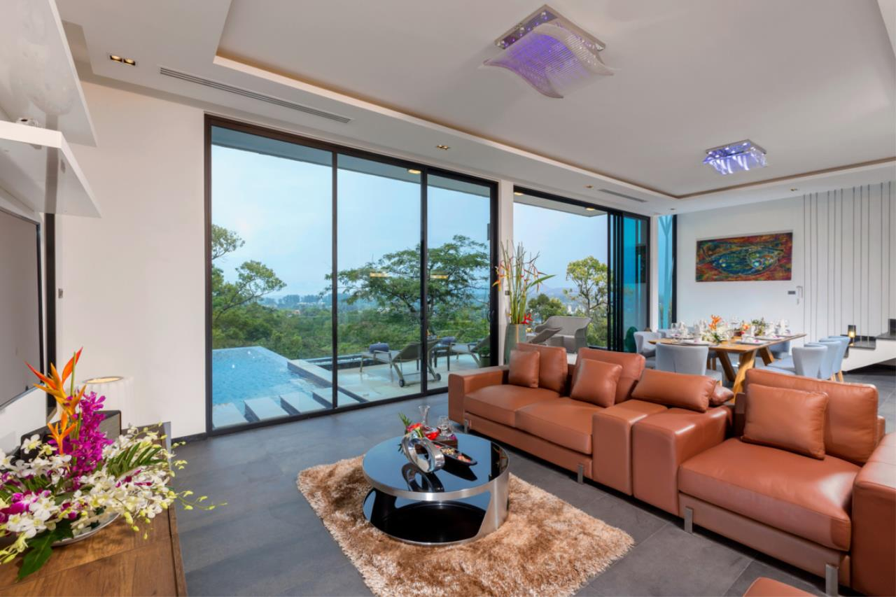 REAL Phuket  Agency's Exquisite 3-Bedroom Sea View Villa in Bang Tao 6