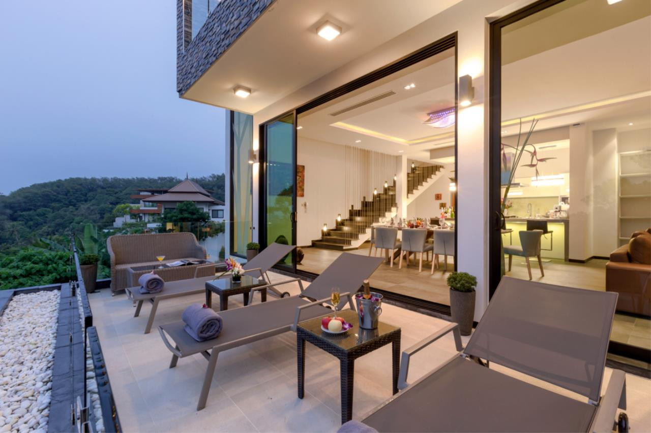 REAL Phuket  Agency's Exquisite 3-Bedroom Sea View Villa in Bang Tao 13