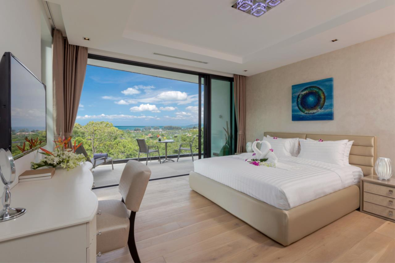 REAL Phuket  Agency's Exquisite 3-Bedroom Sea View Villa in Bang Tao 18