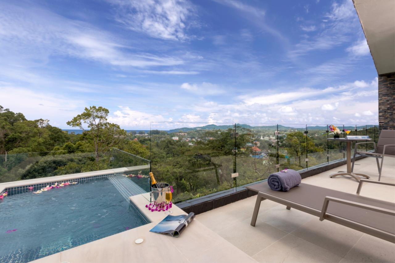 REAL Phuket  Agency's Exquisite 3-Bedroom Sea View Villa in Bang Tao 24
