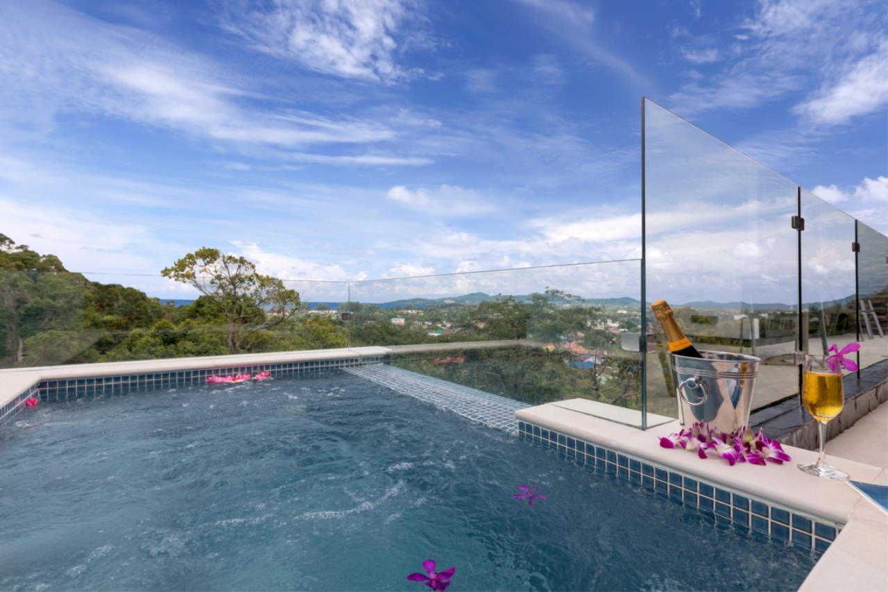 REAL Phuket  Agency's Exquisite 3-Bedroom Sea View Villa in Bang Tao 25