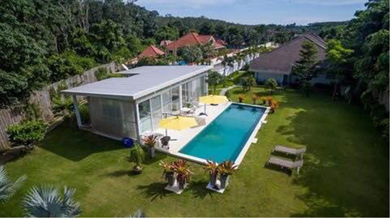REAL Phuket  Agency's Phuket East Coast - Outstanding 3-Bedroom Pool Villa on 2,400 sqm Land 7