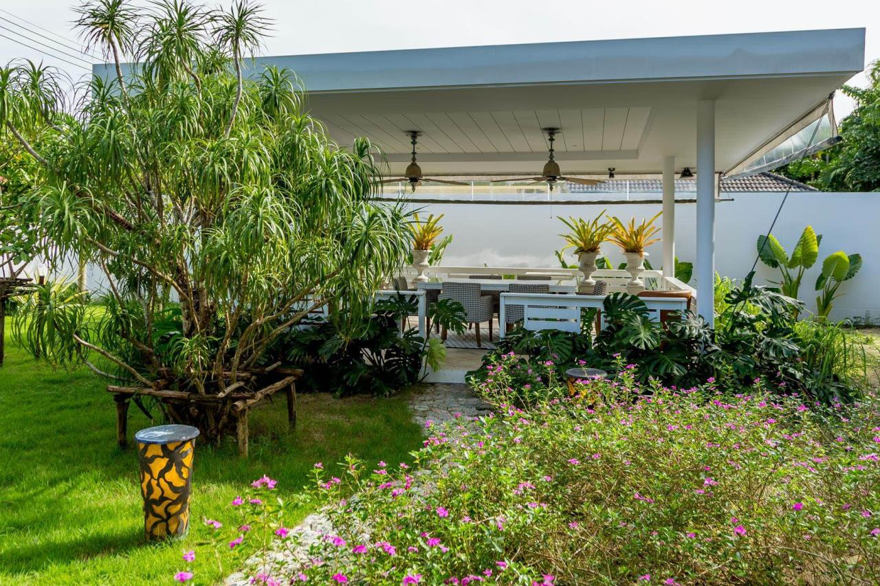 REAL Phuket  Agency's Phuket East Coast - Outstanding 3-Bedroom Pool Villa on 2,400 sqm Land 11