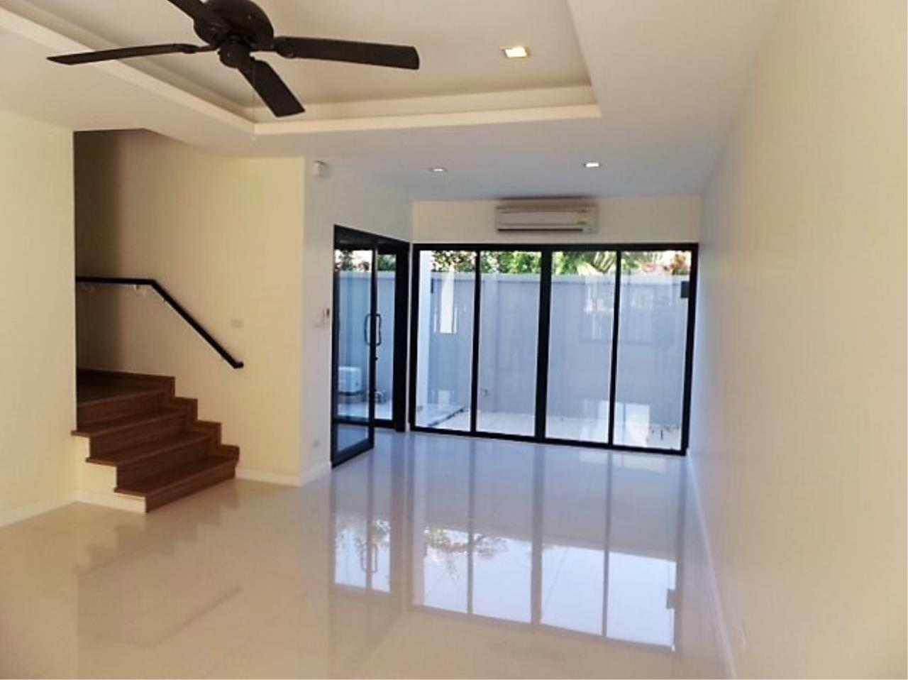 REAL Phuket  Agency's DISCOUNTED!  Laguna Park - 3-Storey Town Home for Sale 12