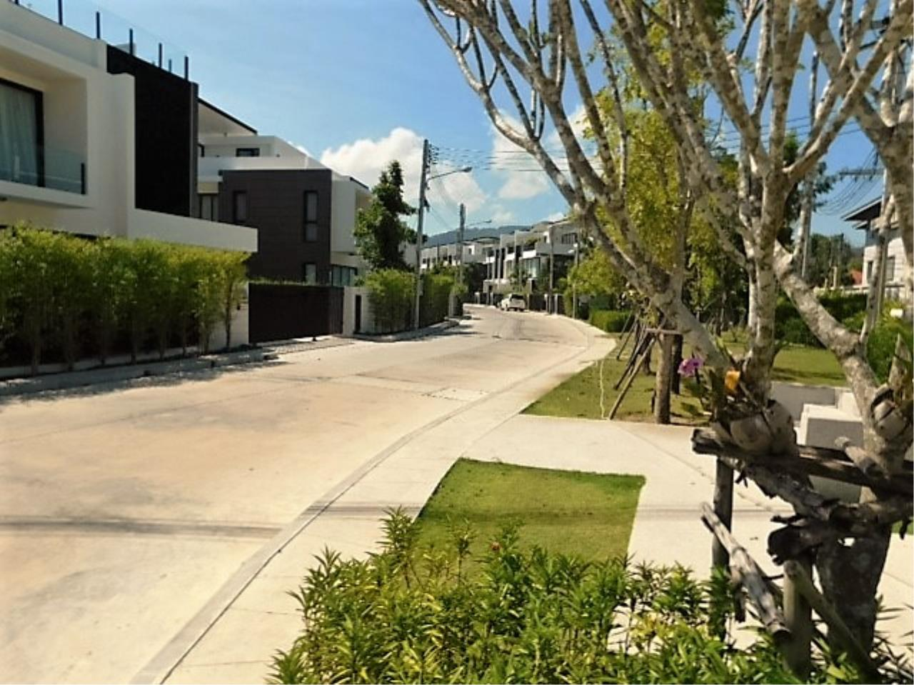 REAL Phuket  Agency's DISCOUNTED!  Laguna Park - 3-Storey Town Home for Sale 6