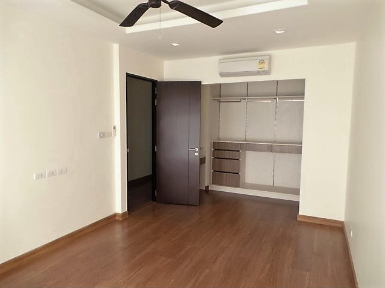 REAL Phuket  Agency's DISCOUNTED!  Laguna Park - 3-Storey Town Home for Sale 8