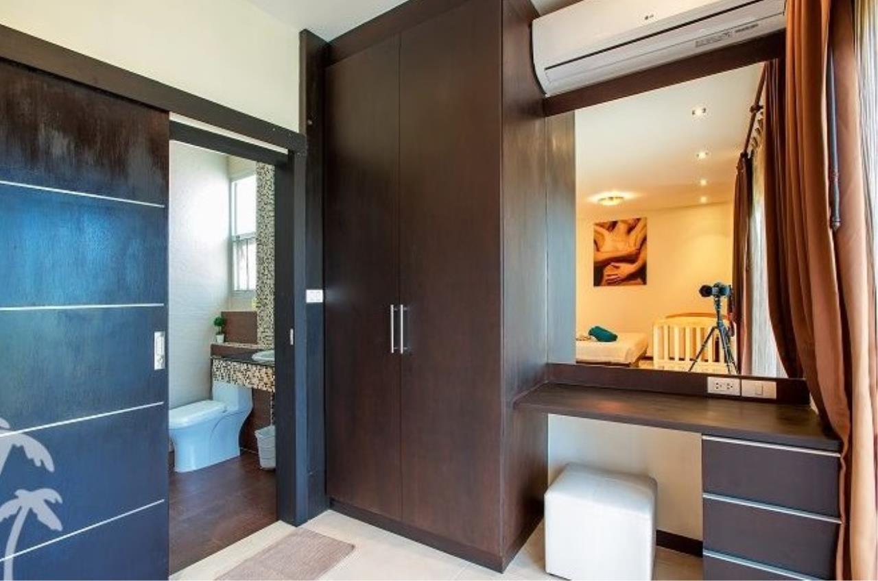 REAL Phuket  Agency's Phuket Grandville - Fabulous 3-Bedroom Town Home with Private Pool near Laguna 12