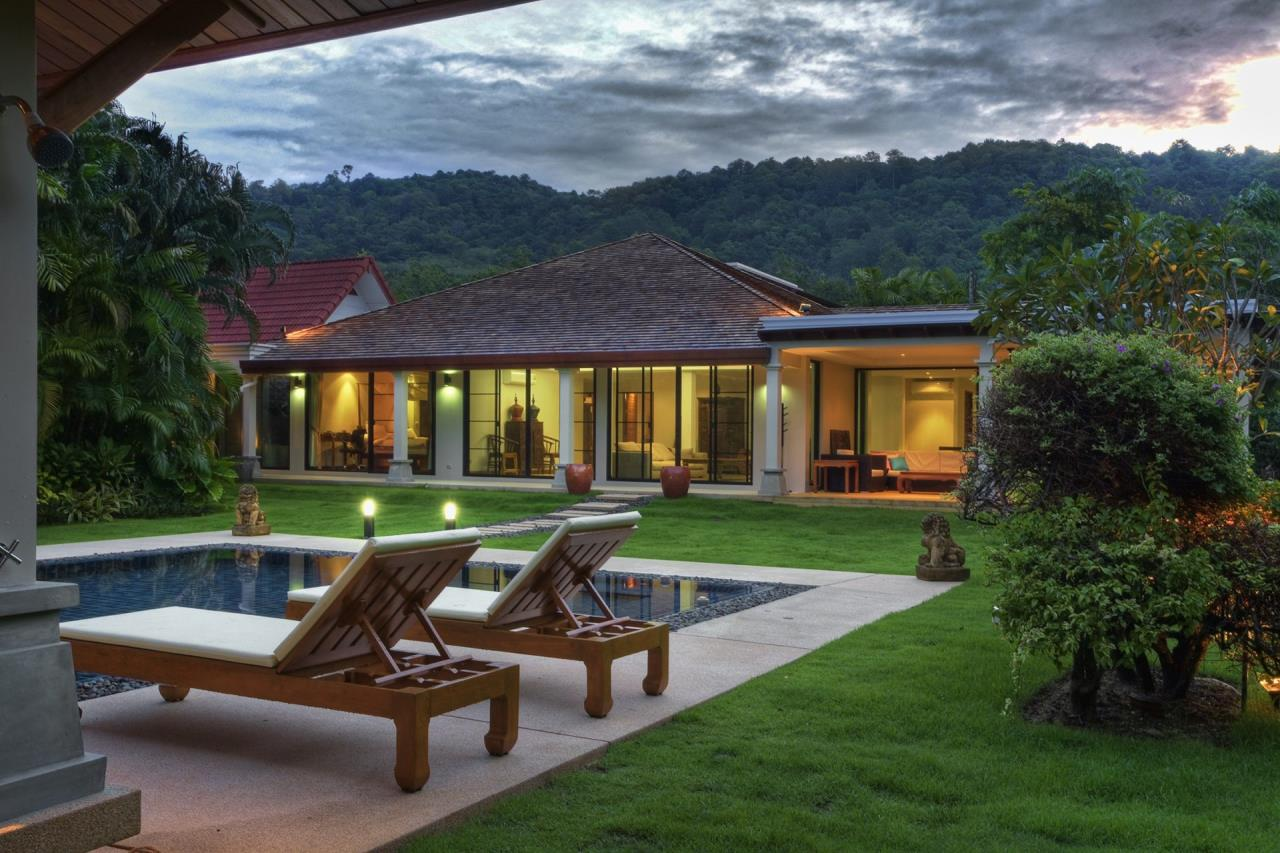 REAL Phuket  Agency's Villa Namm - 6-Bedroom Pool Villa in Nai Harn 14