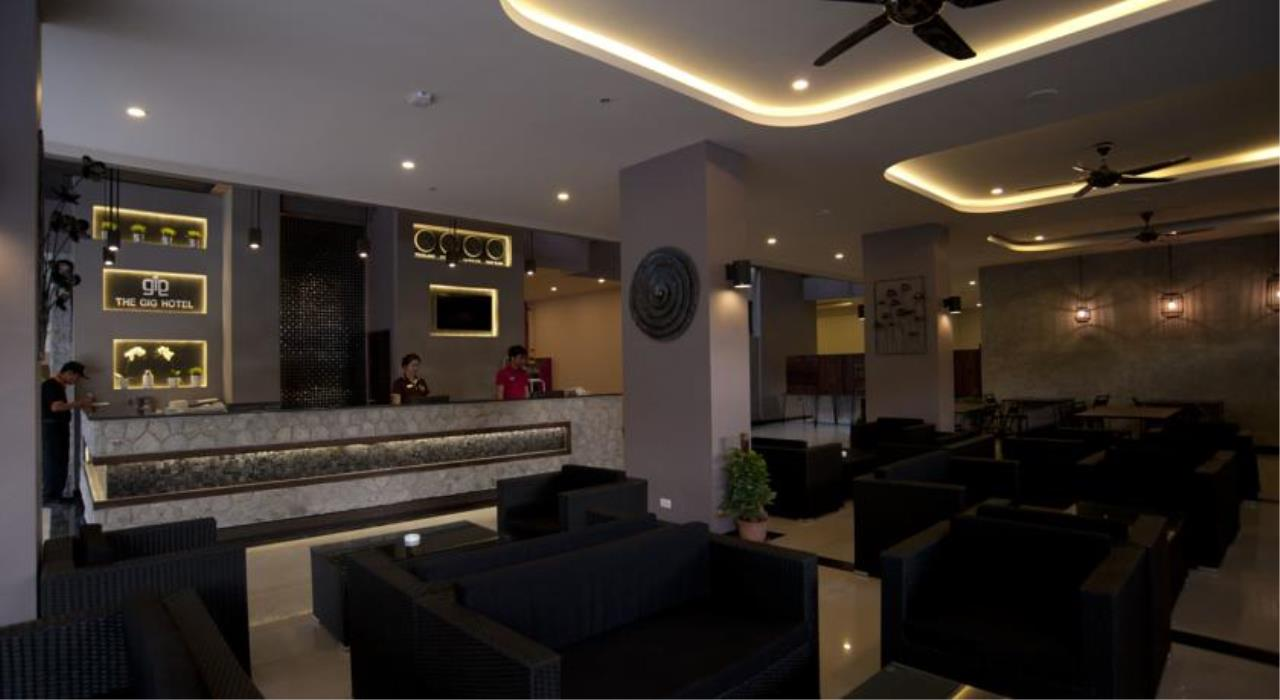 REAL Phuket  Agency's 200+ Key Tourist Hotel in the Heart of Patong's Entertainment District 10