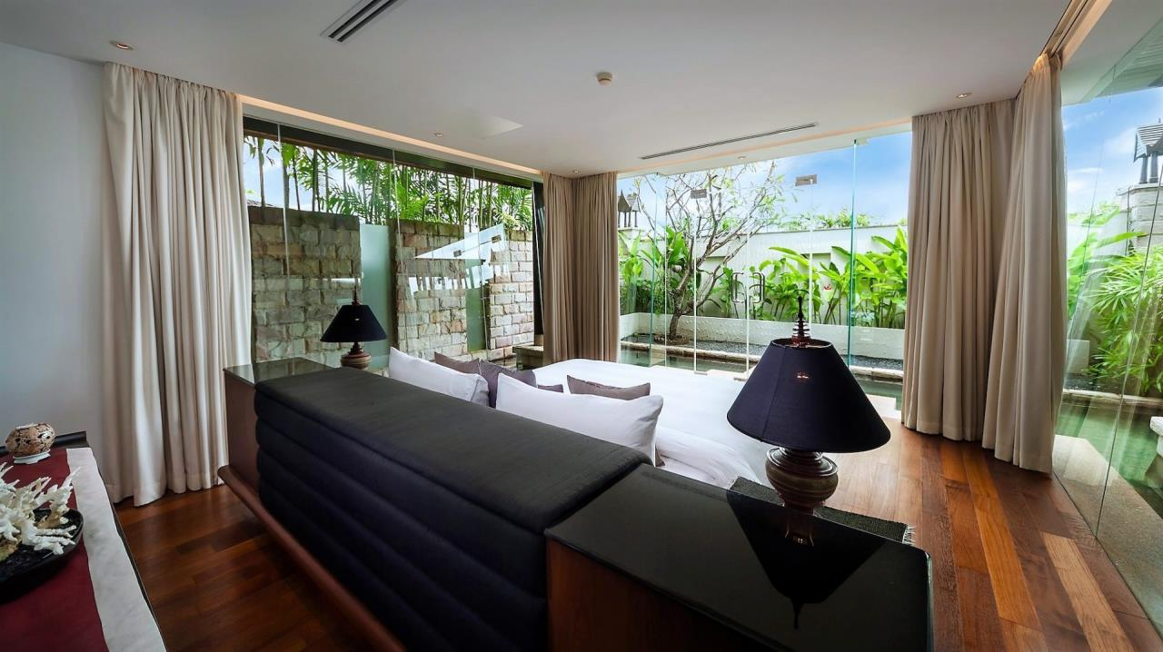 REAL Phuket  Agency's Villa Kalyana - 5-Bedroom Luxury Villa at Royal Phuket Marina 15